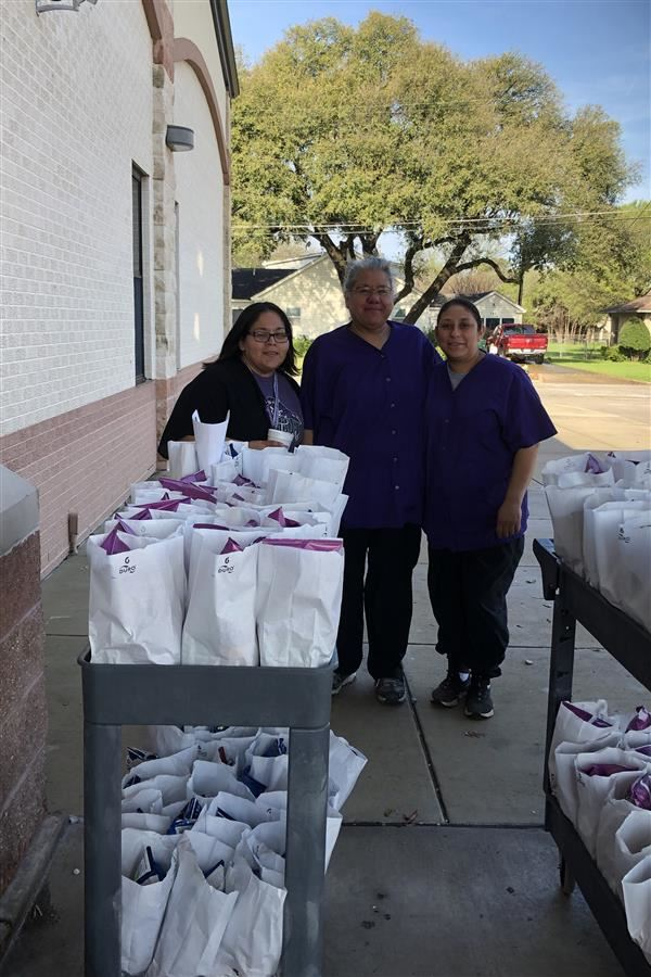 JISD Provides Over 600 Meals to Students